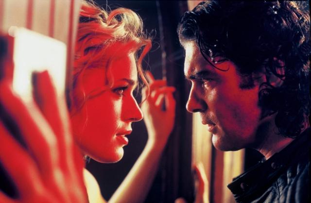 """Также супермодель сыграла главную роль в криминальном триллере режиссера Брайана Де Пальмы """"Роковая женщина""""."""