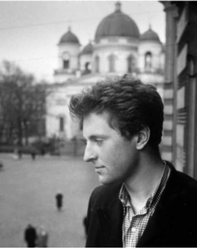 Иосиф Бродский. Поэт в феврале-марте 1964 года после ареста проходил принудительную судебно-психиатрическую экспертизу в психиатрической больнице №2 в Ленинграде.