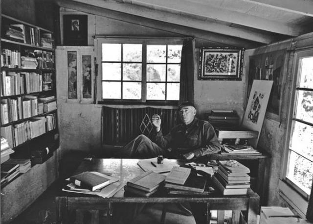 Кабинет Генри Миллера во Франции, в котором он создал довольно скандальные произведения для своего времени - интеллектуально-эротические романы о жизни после Первой мировой войны.