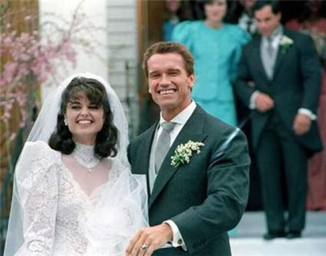 Когда Пью настояла на то, чтобы парень определился, Арни выбрал Марию. В апреле 1986-го года Шварцнеггер и Шрайвер стали супругами. В этом браке у пары выросло четверо детей. Первый ребенок- Кэтрин Юнис- родился в 1989 году. За ней последовали Кристина Мария Аврелия и Патрик. Самый младший сын Кристофер Сарджент появился на свет в 1997-м.