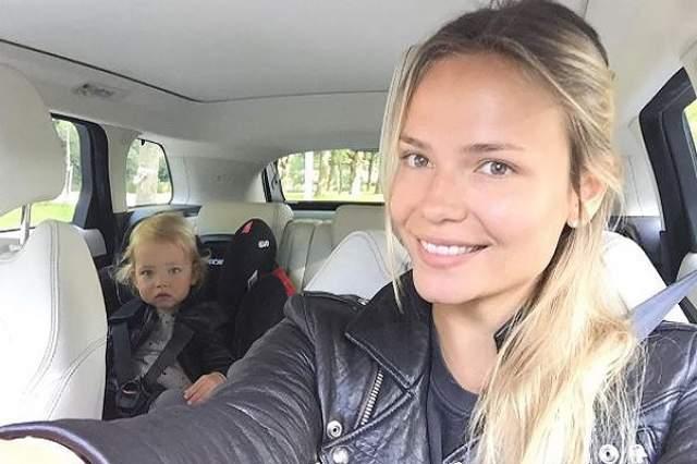 В 2013 году на свет появилось дитя любви этой пары - дочь Александра Кристина.