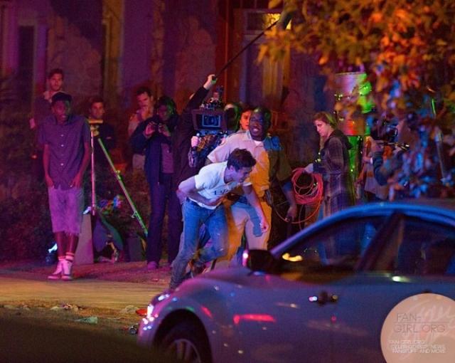 Из-за пагубной привычки актер начал пропускать съемки и даже имел дело с полицией.