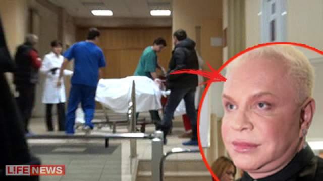 """Накануне происшедшего коллеги Моисеева даже вызвали бригаду скорой помощи, поставившую диагноз """"недомогание на фоне высокой переутомленности"""". Но от госпитализации артист отказался отказался."""