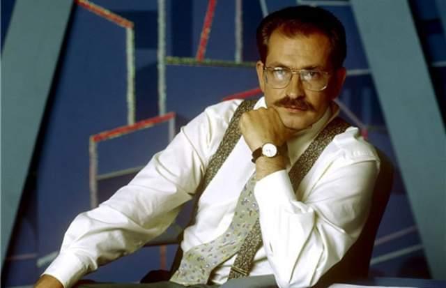 """В январе 1995 года Листьев ушел из телекомпании """"ВИD"""", став генеральным директором новой телекомпании Первого канала ОРТ."""