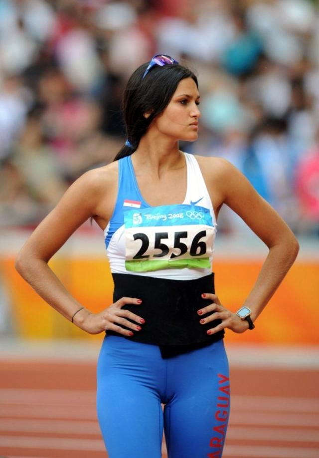 Лерин Франко. Парагвайская копьеметательница становилась двукратным призером чемпионата Южной Америки по легкой атлетике, но на международном уровне стала популярна именно благодаря привлекательной внешности.