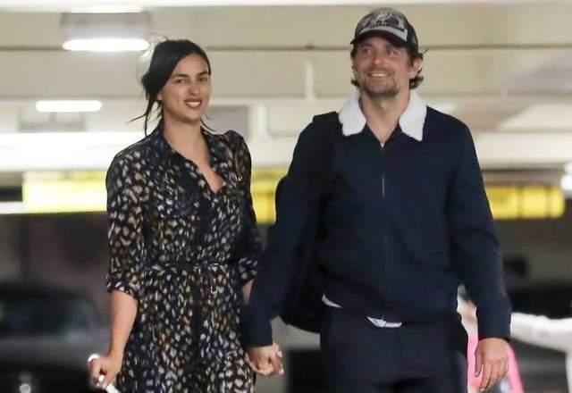 После пяти лет отношений они расстались со спортсменом. И тут же Шейк начала встречаться с актером Брэдли Купером.