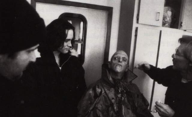 """Оставшиеся пять сцен """"Ворона"""", на съёмках которого и случилась трагедия, доснимали уже с дублерами."""