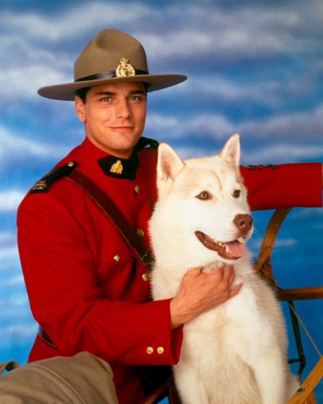 """""""Строго на юг"""". Пол Гросс. Актер стал самым богатым артистом в канадской индустрии: во времена успеха сериала он получал до трех миллионов долларов за сезон."""