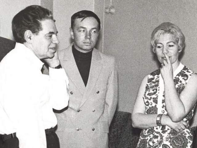 Ванга предсказала Богуславской, что та будет очень успешным человеком, ей повезет в браке, а еще что она однажды пересечет океан. В 1968 году писательница по приглашению канадского посла прибыла в их страну на встречу со студентами университетов.