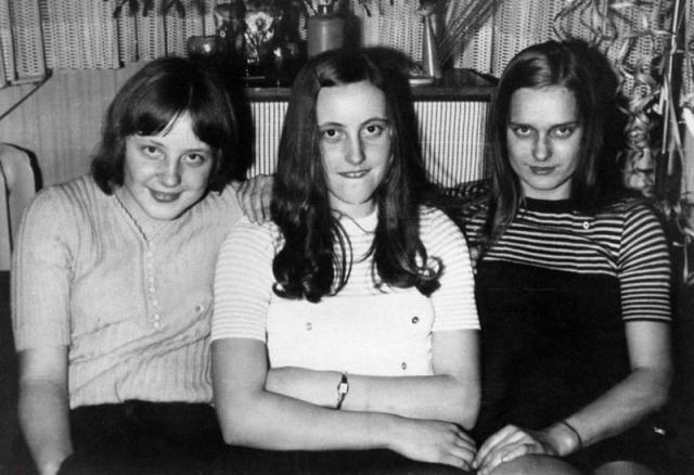 Ангела Меркель , канцлер Германии (крайняя слева).