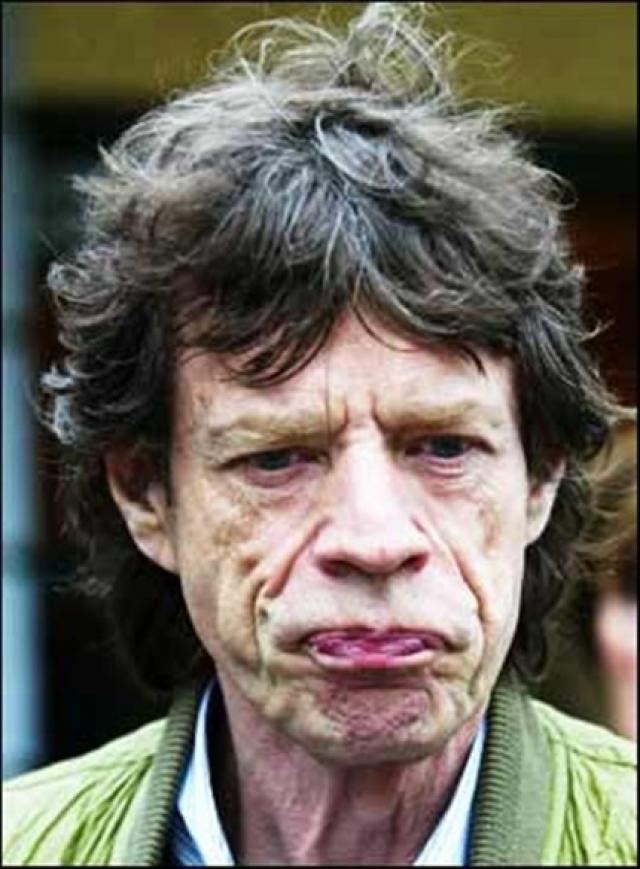 А The Rolling Stones считаются одной из самых влиятельных и успешных групп в истории рока.
