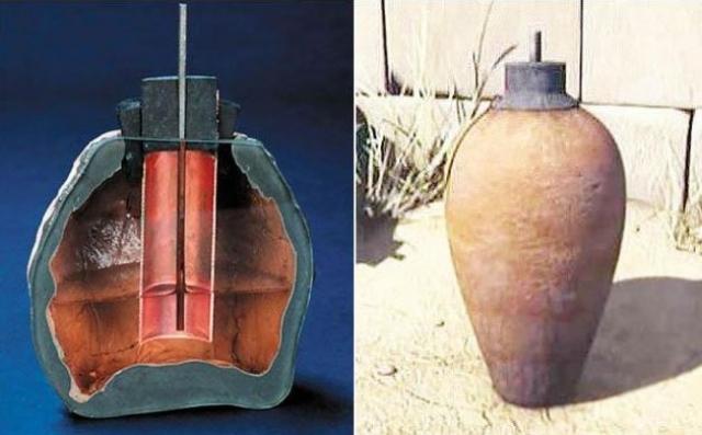 Батарейки из древнего Багдада. При раскопках развалин Месопотамии археологи обнаружили сосуды, у которых горлышко запечатано, а внутри находятся цилиндр из меди и железный стержень.