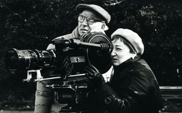 Когда в начале 1973 года фильм после монтажа продемонстрировали высокому телевизионному руководству, в адрес режиссера посыпались первые упреки.