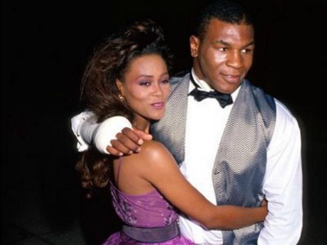 Робин Гивенс. Американская актриса и бывшая модель вышла замуж за боксера Майка Тайсона в 1988 году.