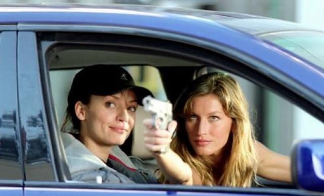 """Жизель Бундхен. Одна из самых высокооплачиваемых моделей оказалась на экране благодаря американскому ремейку очень популярной французской комедии """"Такси"""", но ее роль эксперты раскритиковали."""