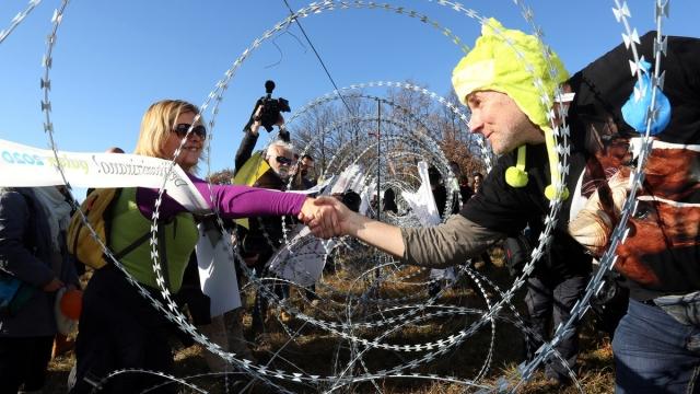 Граница Словении и Хорватии, 19 декабря. Протест против отказа мигрантам в убежище.