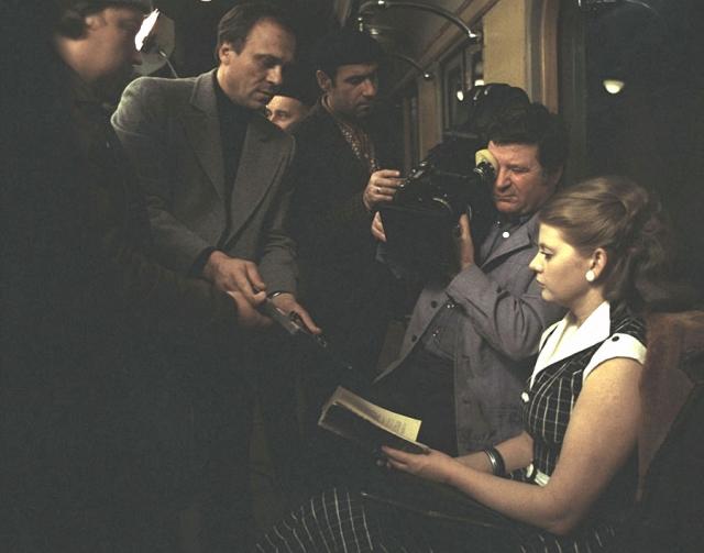 """Роль Людмилы Свиридовой из фильма """"Москва слезам не верит"""" буквально в одночасье сделала Ирину Муравьеву всенародно известной и любимой актрисой."""