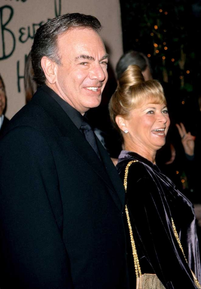 """Развод обошелся ему в половину всего его состояния. Однако Нил рассказал, что """"она заслужила каждый пенни"""" из 150 миллионов долларов, которые ей достались."""