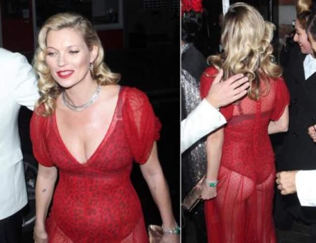 Доказательство тому- платье, которое Кейт выбрала для похода на вечеринку по случаю 60-го дня рождения британского фотографа Марио Тестино в 2015 году.
