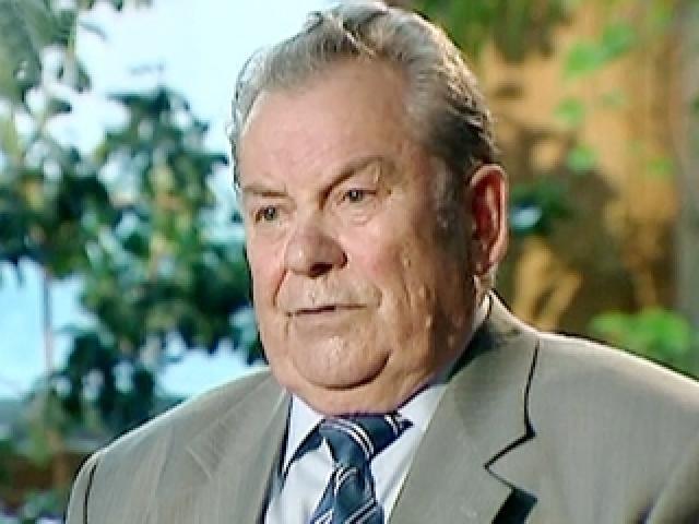 С 1993 года - генерал-майор авиации в запасе. До сентября 2009 года Павел Романович работал председателем совета директоров Государственного института земельно-кадастровых съемок.