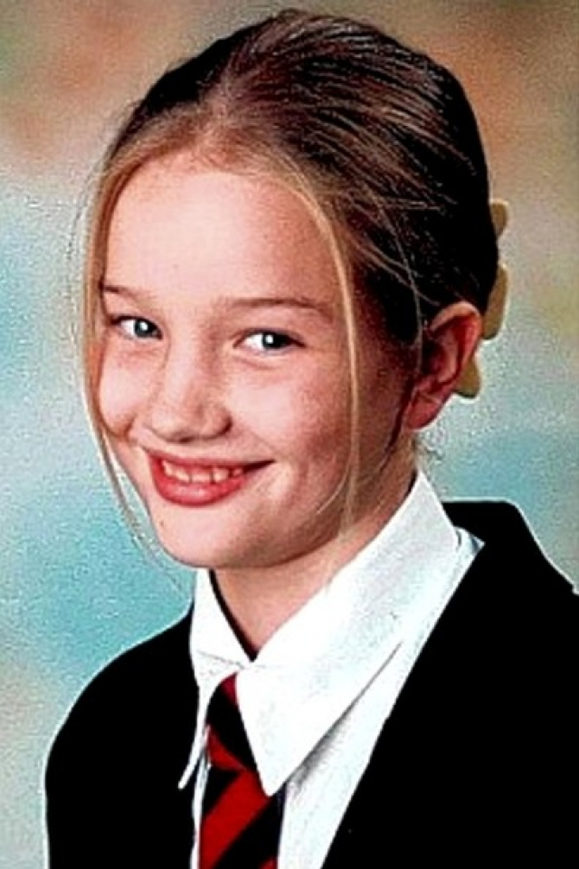 """Рози Хантингтон-Уайтли. В одном из ранних интервью супремодель призналась, что в школе парни обзывали ее """"губошлепкой""""."""
