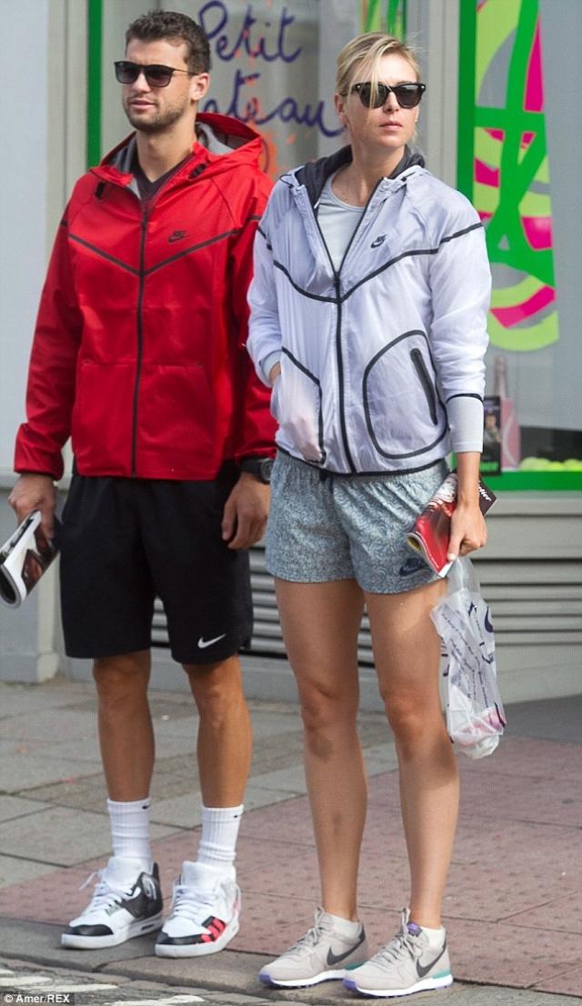 За полтора года отношений они много времени проводили вместе, специально верстая свой теннисный график, чтобы играть в турнирах в одном городе.