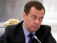 В соцсетях заметили, что Медведев перестал носить обручальное кольцо