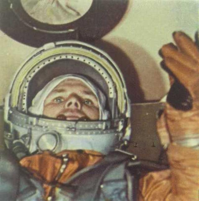Единственный этап полета, который прошел так, как и было запланировано - это катапультирование космонавта и его последующее удачное приземление на небольшом расстоянии от корабля.