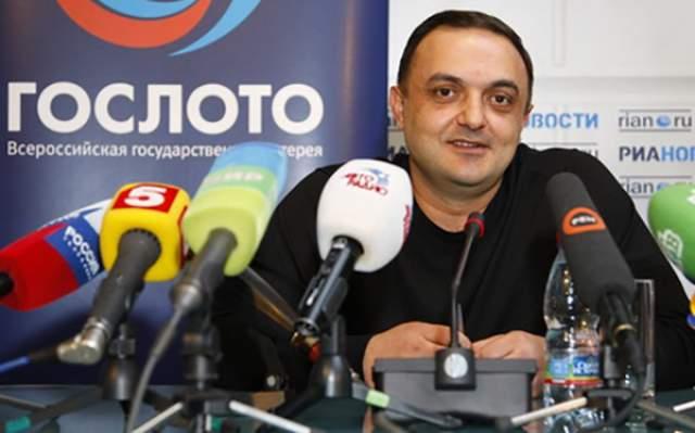 Альберт Бегракян, 100 млн рублей, Гослото, 2009 год. Житель Ленинградской области получил внушительную сумму за совпадение шести цифр из сорока пяти.
