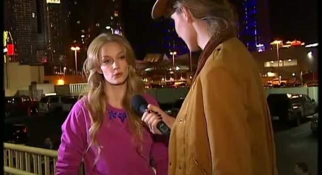 """Сама Ходченкова о Джекмане сказала лишь, что """"сама себе позавидовала"""", когда целовалась с голливудской звездой... правда, только по сценарию, а не по любви."""
