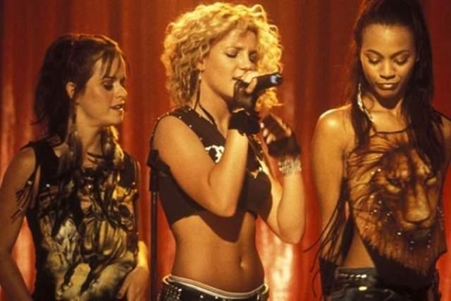 Бритни Спирс. Ее имя практически сразу стало практически синонимом поп-музыки, но звезде было этого мало. Спирс решила покорить еще и киноолимп и некоторое время активно снималась в различных фильмах.