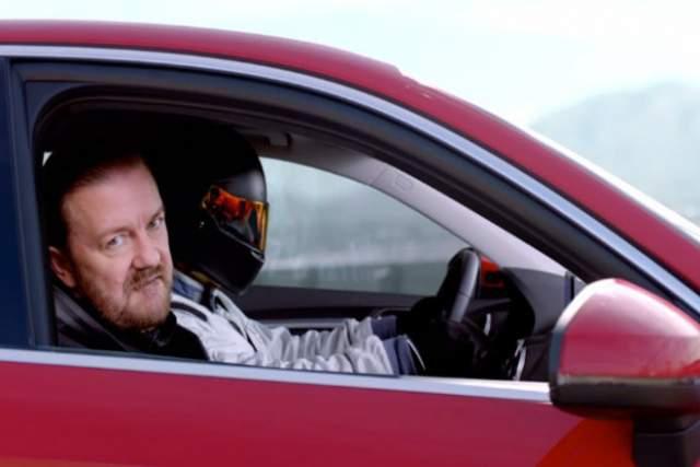 """Рики Джервейс, 57 лет. Несмотря на солидный возраст, актер из сериала """"Офис"""" и """"Массовка"""" категорически против вождения."""
