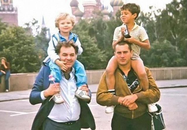 """Роберт Де Ниро ,1982. Роберт Де Ниро должен был сниматься в фильме Эмиля Лотяну """"Анна Павлова"""", но Госкино не утвердило актера."""