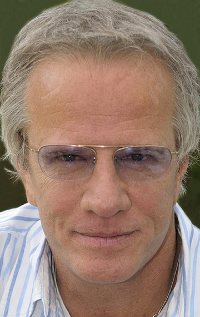 Сейчас: продолжает сниматься, правда, в фильмах других жанров и независимом кино, известен своей активностью в интернет-сообществе, с 2007 года он является владельцем французского сайта wigiwig.com по обмену подарками и услугами. Кроме того, любит рекламировать всякие компьютерные новинки.
