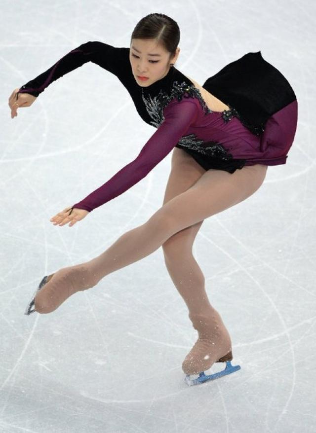Многие западные специалисты и журналисты заявили, что золото Сочи следовало отдать олимпийской чемпионке Ванкувера кореянке Ю На Ким.