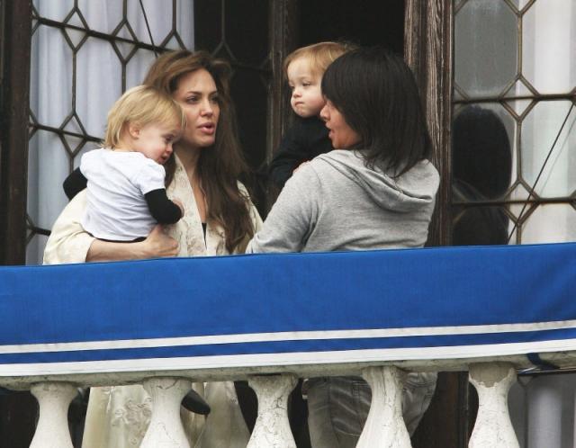 А вот в семье Брэда Питта и Анджелины Джоли (по крайне мере, до того как они расстались) дети сами себе хозяева.