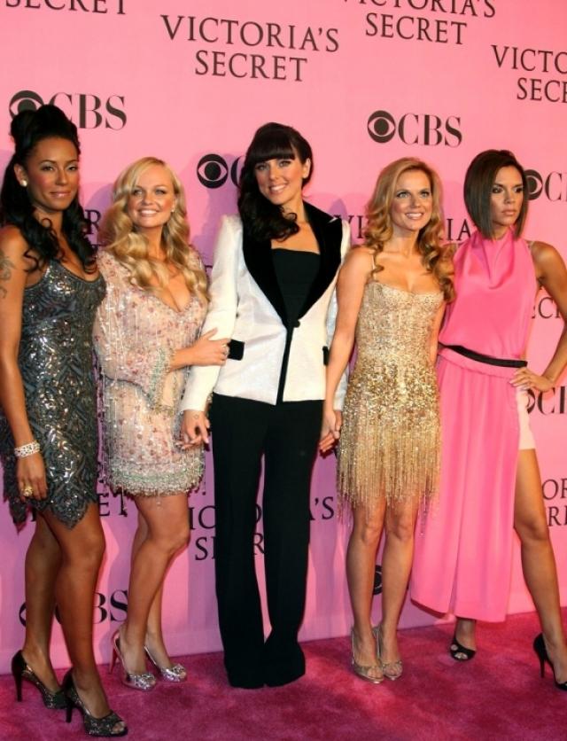28 июня 2007 года участницы Spice Girls воссоединились и отправились в мировой тур, в рамках которого дали 47 концертов в 5 странах и выпустили альбом Greatest Hits.