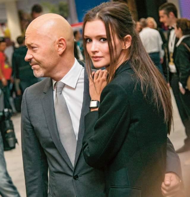 С тех пор Бондарчук и Андреева начали официально выходить в свет вместе, а Светлана Бондарчук дала понять, что тоже наслаждается жизнью свободной женщины.