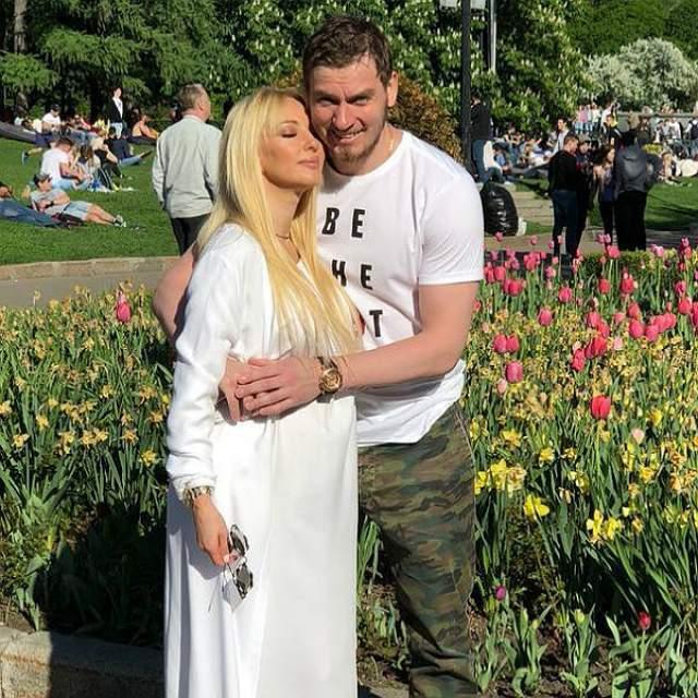В августе 2018-го Кудрявцева стала мамой и бабушкой - в том же месяце у ее старшего сына Льва тоже родился ребенок.