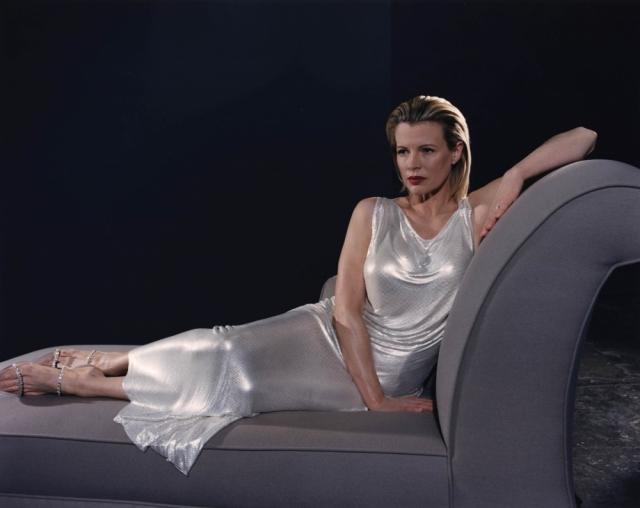 Она сыграла дорогую проститутку Веронику Лейк.
