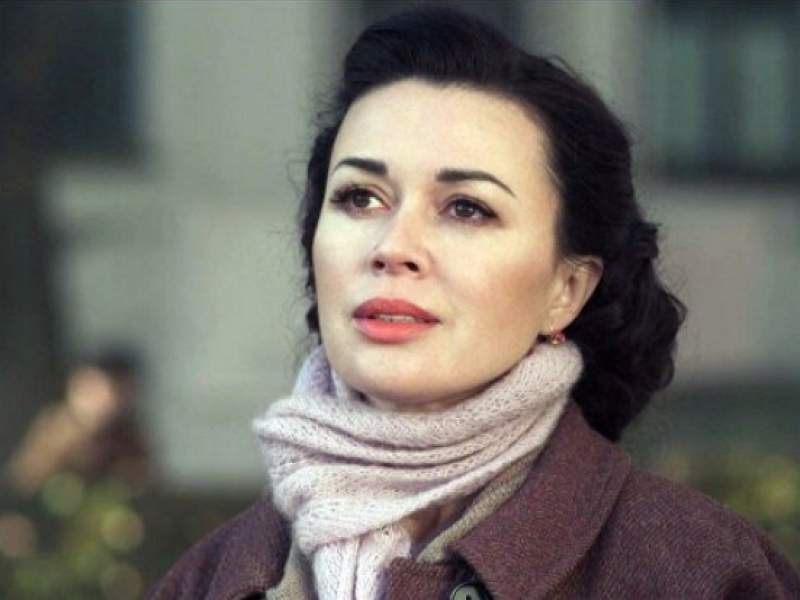 Новости дня: Анастасия Заворотнюк получила шанс вылечиться в Белоруссии уже в марте