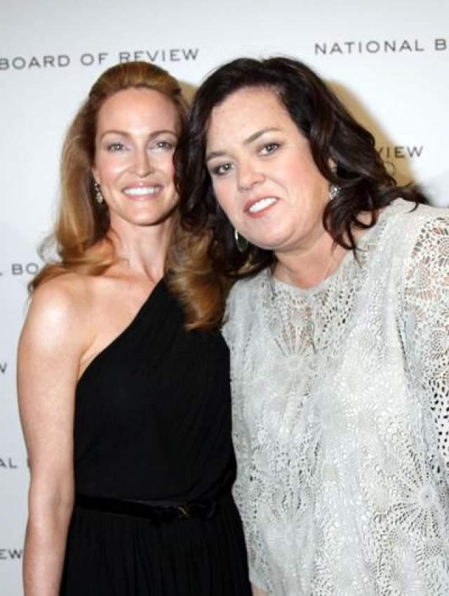 9 июня 2012 года состоялась церемония бракосочетания звезды с ее подругой, Мишель Раунд, специалистом по подбору персонала.