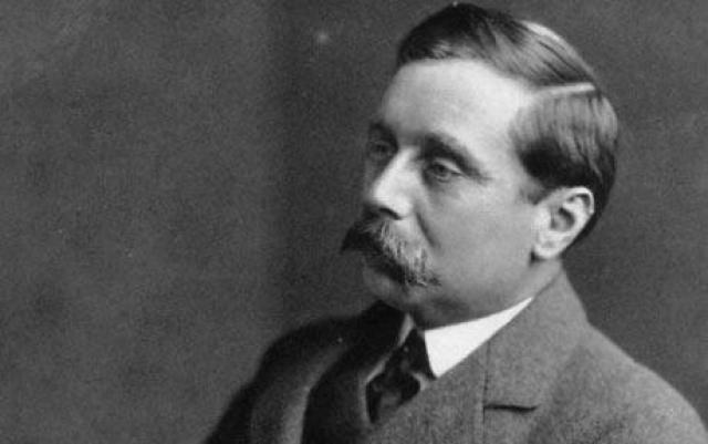 Герберт Уэллс. Один из самых плодовитых писателей в истории Британской литературы, женился на своей двоюродной сестре Изабель Мэри Уэллс, в 1891 году. Тогда же поползли слухи, что супруг изменяет Мэри со студенткой, он уволился и расстался с женой в 1894 году.