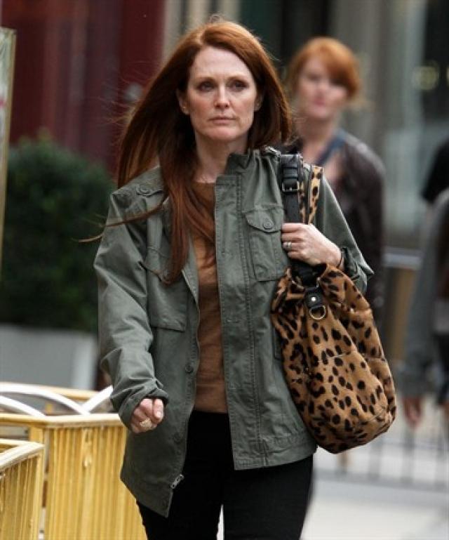 Как рассказала Джулианна, у нее украли 10 предметов роскоши Cartier: четыре пары наручных часов стоимостью $77,8 долларов, а также платиновый браслет с бриллиантами стоимостью $33 тысячи.