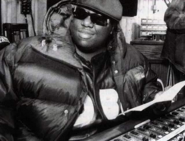 """Ноториус Биг (Notorious B.I.G.) Еще один легендарный американский репер. Он дебютировал мультиплановым альбомом """"Ready To Die""""."""