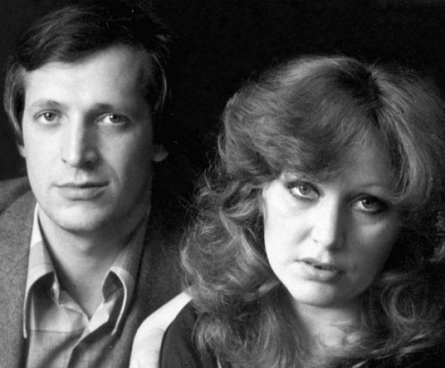 """Следующим супругом Примадонны стал ее директор Евгений Болдин . Алла и Евгений были вместе в течение долгих тринадцати лет. После разрыва с ним певица написала песню """"Сильная женщина""""."""