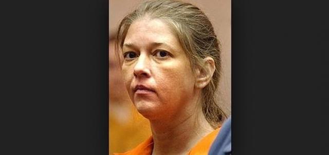 """Она застрелила ни в чем не повинную женщину якобы """"под воздействием"""" матрицы. Женщина была признана невменяемой"""