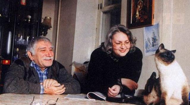 Армен Джигарханян. Для многим стал шоком развод 79-летнего актера и Татьяны Власовой после 40 лет брака.