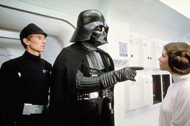 """Дарт Вейдер из """"Звездных Войн"""". Хитрый и жестокий руководитель армии Галактической Империи, которая правит во всей Галактике, который и скрывается под устрашающей маской."""