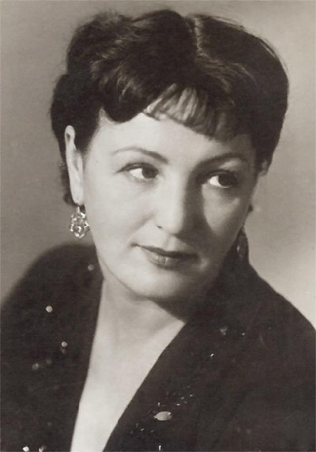 Похоронена Галина Григорьева в колумбарии Новодевичьего кладбища.